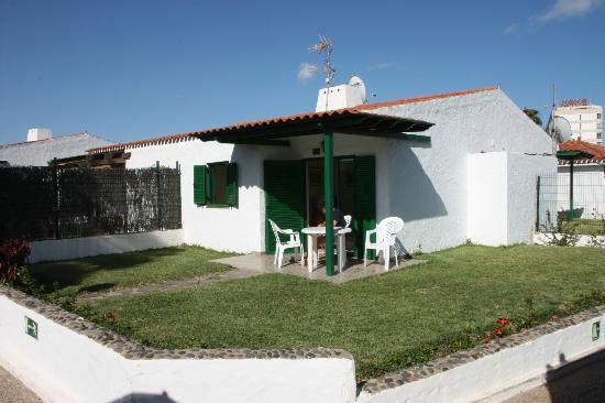 Las Tartanas : Great garden and terrace (Bungalow 123)