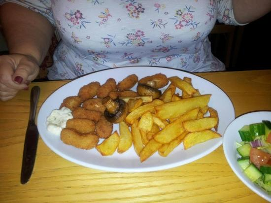 the chetwynd arms, upper longdon: the scampi was good value and the chips delicious