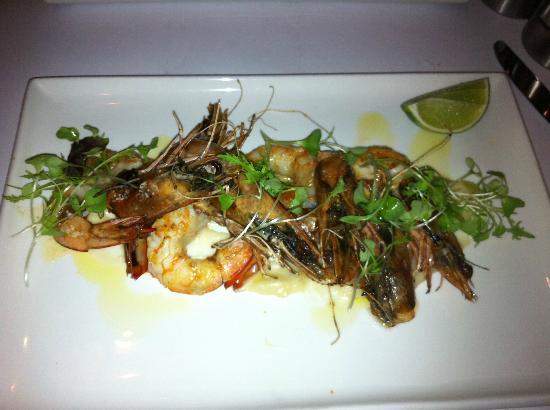 Black Salt Restaurant: Six king prawns for a main meal