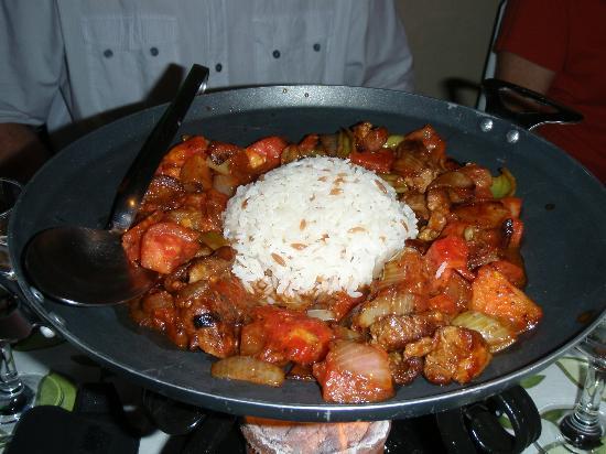 Winehouse : chicken wok