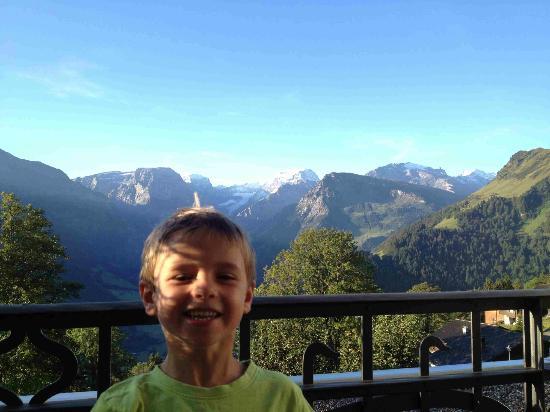 Maerchenhotel Bellevue: Blick in die Bergwelt.