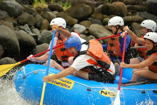 Pacuare Lodge: Rafting in