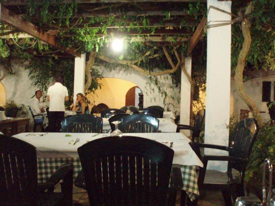 El Gallo : Before tables fill up