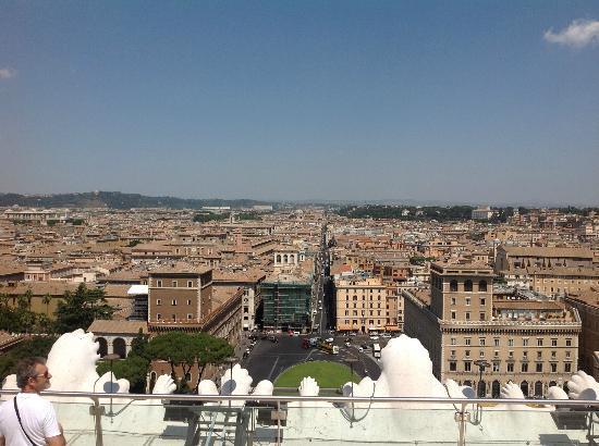 Hotel Farnese: View from Il Vittoriano