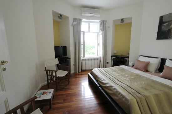 Hotel President Pantovcak: Standard room