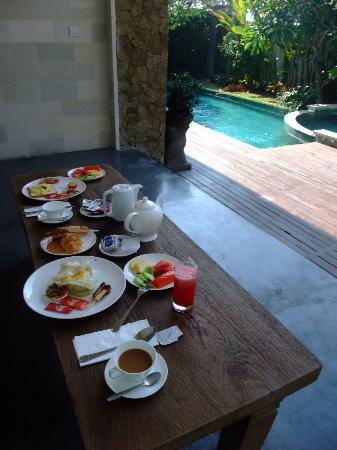 Pandawa Beach Villas & Spa: breakfast