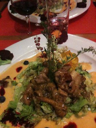 Hotel de Moiry : salade de faisan et son électuaire au sureau