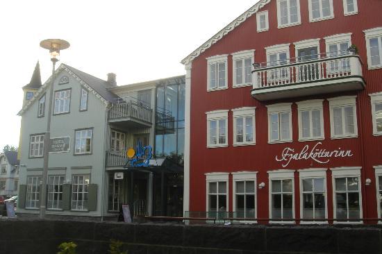 Hotel Reykjavik Centrum : Front entrance of hotel