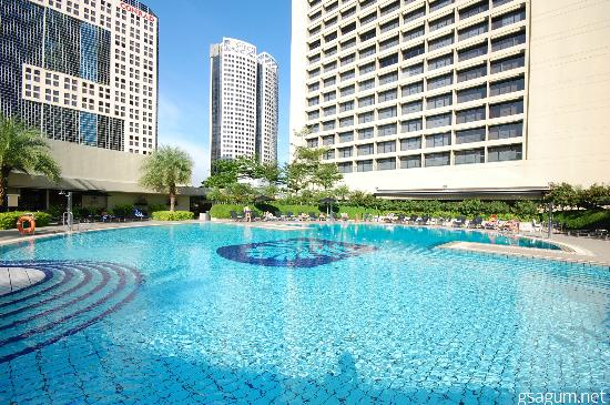 sparkling pool picture of pan pacific singapore. Black Bedroom Furniture Sets. Home Design Ideas