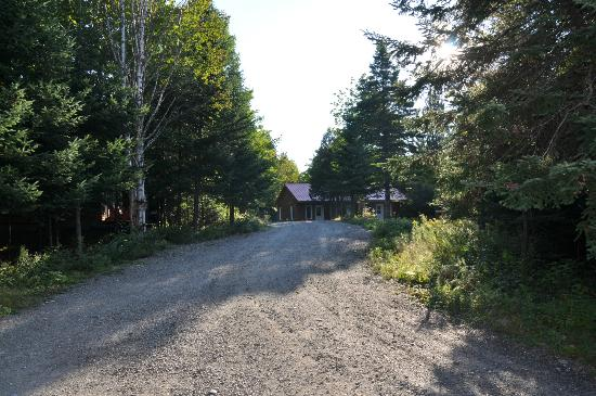 Auberge Aux Toits Rouges: Newly built cabin with privacy