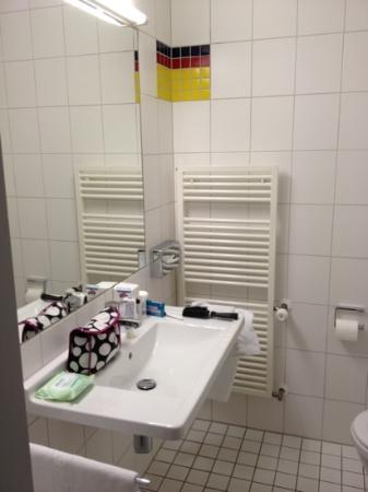 ISG Hotel Heidelberg: Bathroom 2