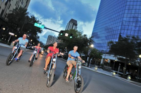 Rob's Radical Rides: Cruising Downtown