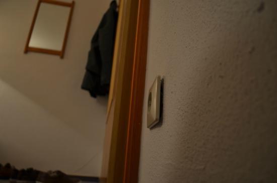 Aparthotel Zwiesel: Wohnzimmersteckdose