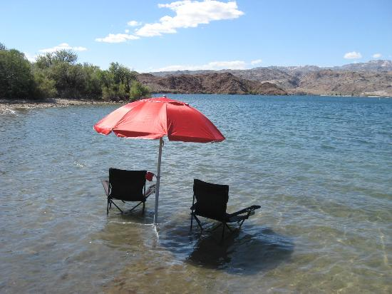 Nice weather nice view picture of lake mohave laughlin for Lake mohave fishing