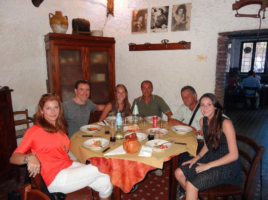 Gioia Private Tours & Trips: Lunch at