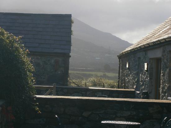 Ty Mawr Farm: Mountain view