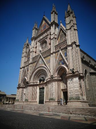 Gioia Private Tours & Trips: Umbria Trip: Cathedral at Orvietto