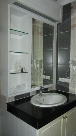 KTK Royal Residence: la salle de bains