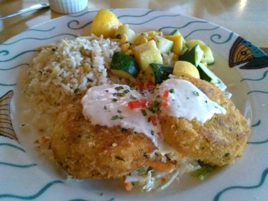 Anthony's Homeport Olympia: Anthony's Home Port - Crab cakes