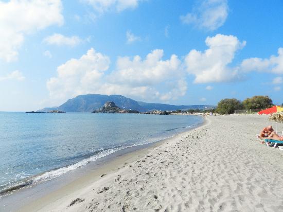 Kipriotis Village Resort: La spiaggia di Agios Stefanos