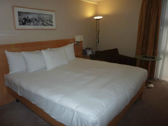 Hilton London Kensington: great and comfortable bed