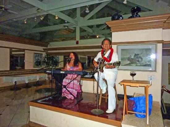Cafe Portofino: Larry and Leilani Rivera