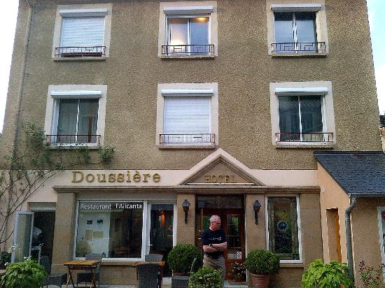 Hotel Doussiere: front