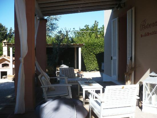 Bed and Breakfast Botrona: entrata della casa