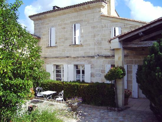 Chateau La Closerie De Fronsac: l'entrée de la Closerie