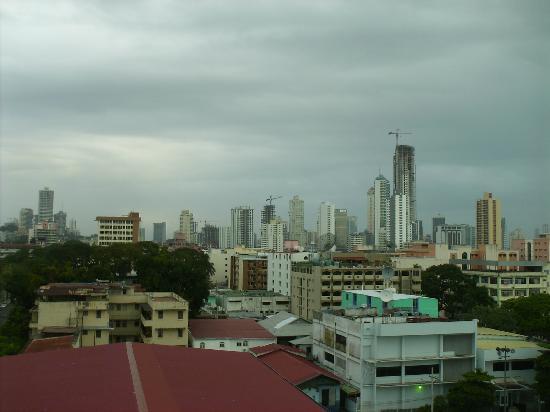 Bahia Suites Hotel: Vista de la ciudad desde el hotel