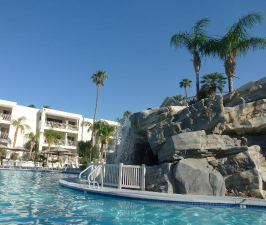 Palm Canyon Resort & Spa: nice pool