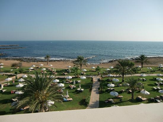 Constantinou Bros Athena Royal Beach Hotel: Sea view from room 2257