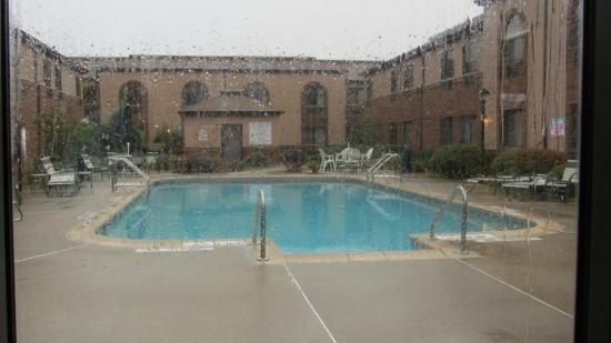 Quality Inn & Suites Marion: pool (closed)