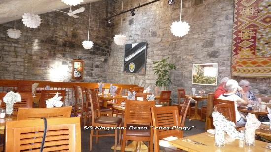 Chez Piggy Restaurant & Bar : Intérieur du restaurant
