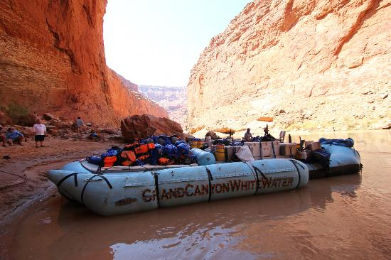 Grand Canyon Whitewater: Lunch stop