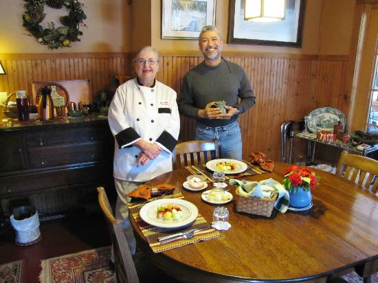 Poplar Creek Guesthouse B&B and Lake Cabin: Breakfast and Barbara our chef