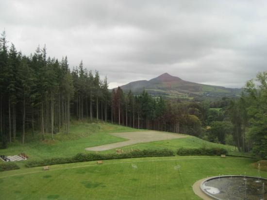Powerscourt Hotel, Autograph Collection: Mansion view from our room