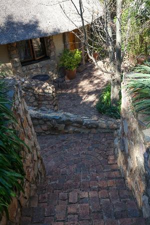 Idwala Boutique Hotel Johannesburg: Gardens and grounds