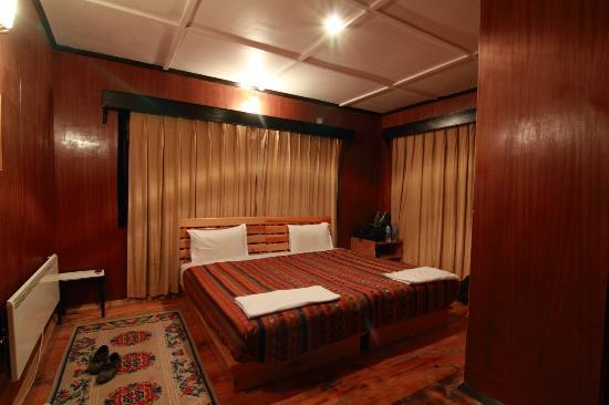 Thegchen Phodrang Guest House: Bedroom