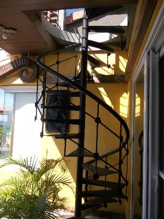 Amarela Resort: Spiral staircase leading to an awesome view