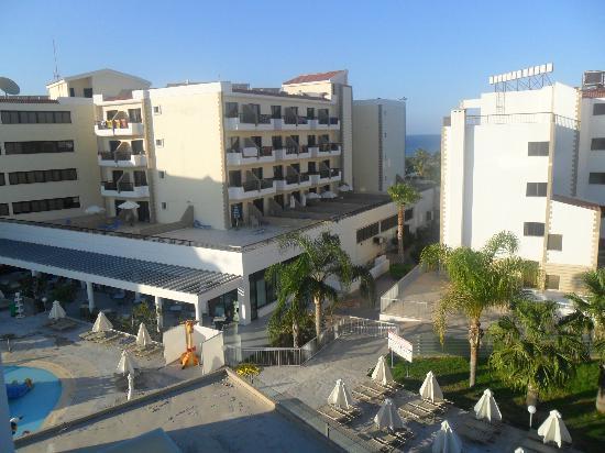 Anastasia Beach Hotel : view towards hotel where you ate