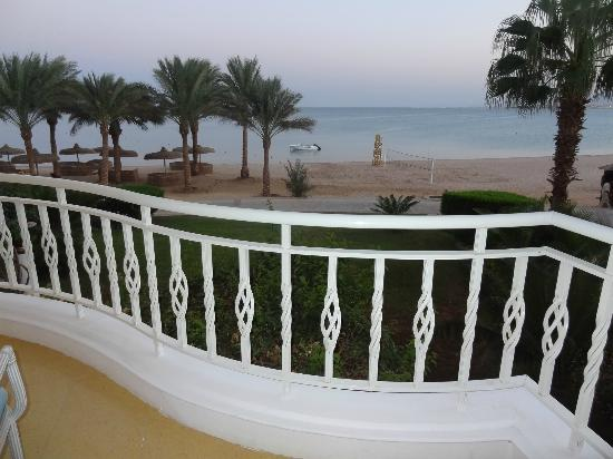 SENTIDO Palm Royale Soma Bay : Our VIew - Beach Front Room 2106