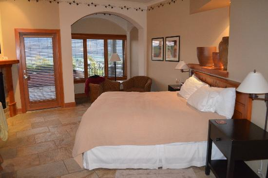 Burrowing Owl Estate Winery Guest House: Room 4