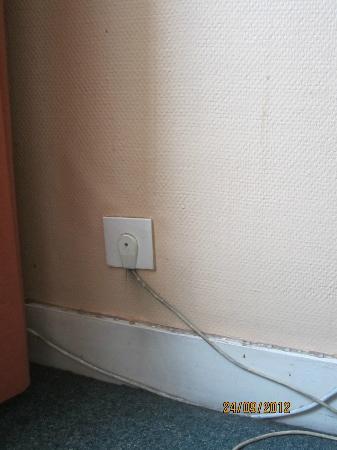 Hotel Derby: Wall