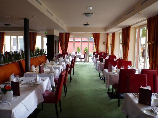 Das Hotel Eden: speisesaal