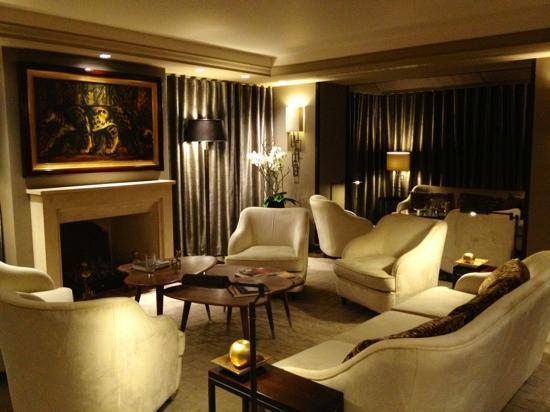 Hotel Esprit Saint Germain : lovely sitting area