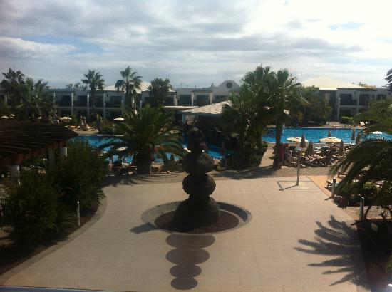 Las Marismas de Corralejo: Pools and pool bar