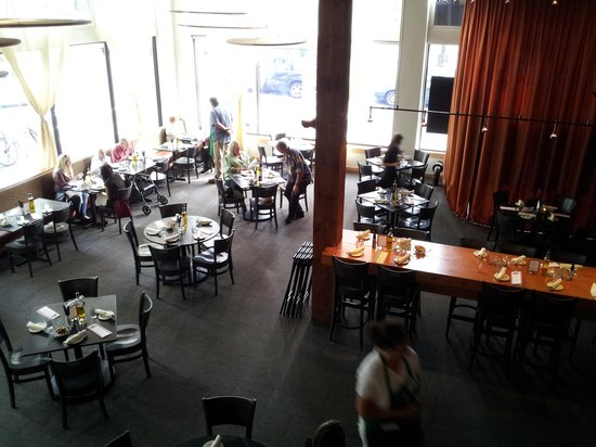 Farestart Restaurant The Ambience At Sets Stage For Its Students To Showcase Their