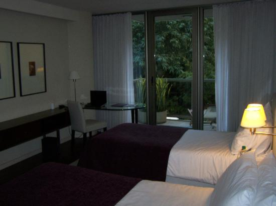 Hotel Madero: work area