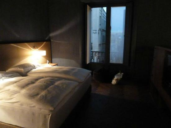 Alma Barcelona: Another view of the bedroom